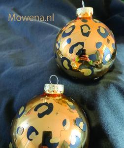 Maak je eigen luipaard kerstbal