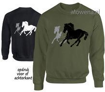 Sweater-three-horses-SP0131
