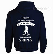Vest-Skiing-never-underestimate-an-old-man-div.kleuren-V0065
