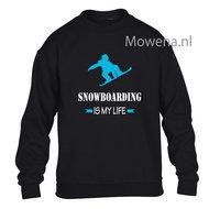 Kids-sweater-snowboarding-is-my-life-vk-opdruk-div-kleuren-KHW0070